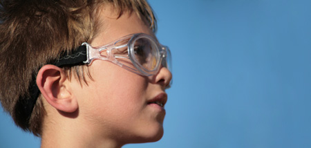 protective eyewear article
